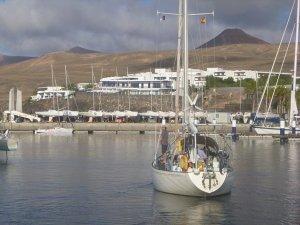 m_Kika leaving Puerto Calero